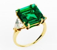 Important Emerald and Diamond Ring