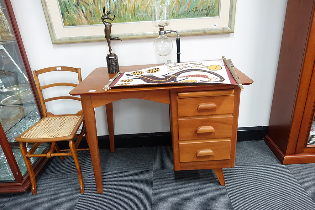 Lot #365   Retro Myrtle Three Drawer Desk By F. W. Griffiths Of Clifton Hill