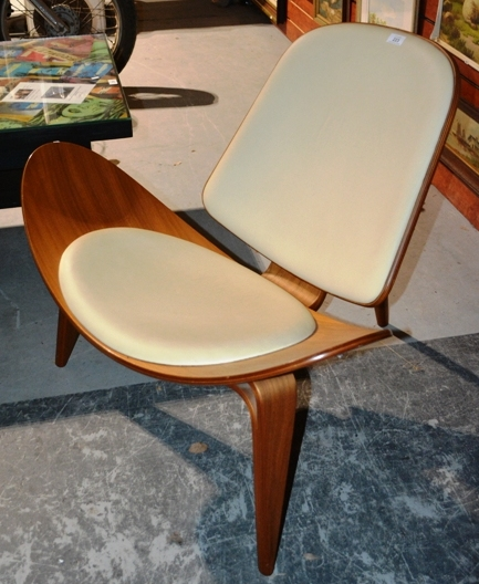 vintage hans wegner shell chair bargain hunt auctions find
