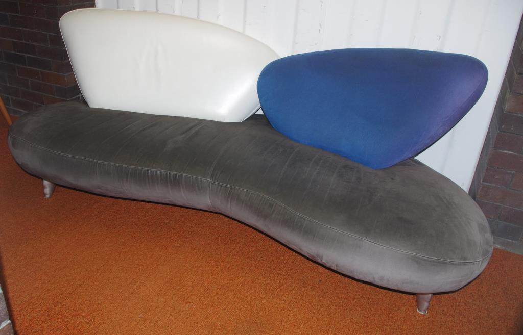 Chaise Longue Auction on chaise sofa sleeper, chaise recliner chair, chaise furniture,