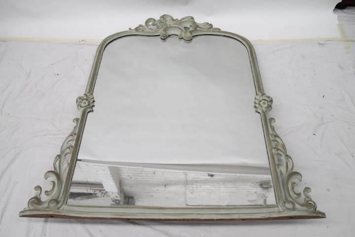 A timber framed over mantle mirror with acanthus leaf for Acanthus leaf decoration